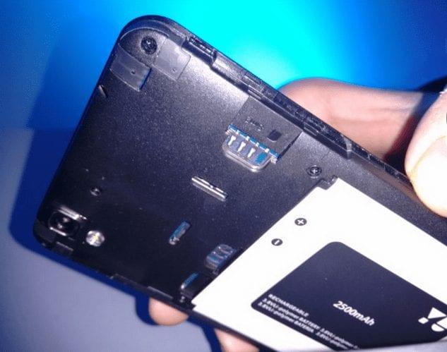 MIcromax Yu Yureka sim slots and battery