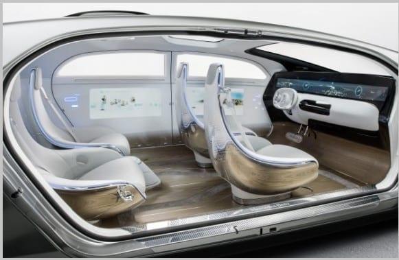 Mercedes' futuristic self-driving car has NO WINDOWS: