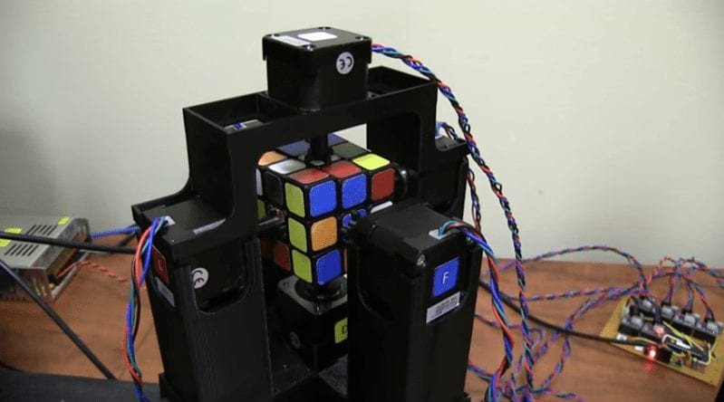 Rubik's Cube Solved by a Robot