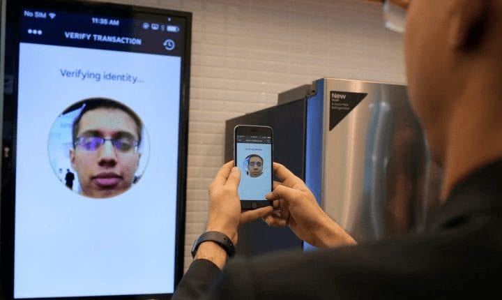 Mastercard Selfie authentication for making online payments