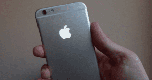 Here's How To Make Your iPhone's Apple Logo Light Up Just Like A MacBook.