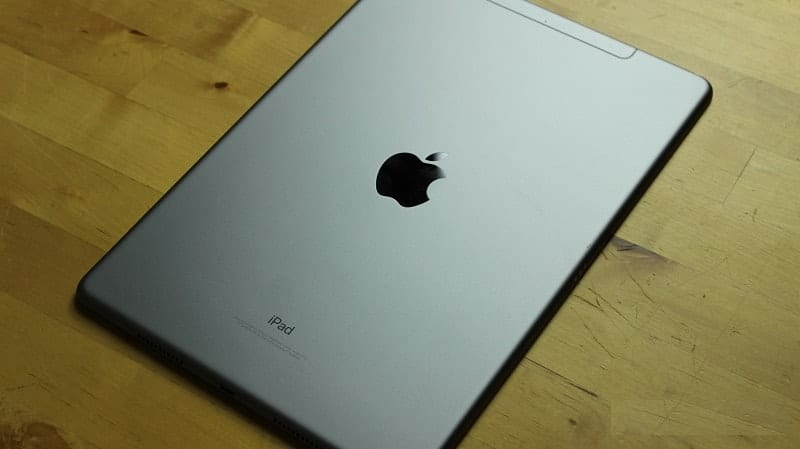 Apple's New 10.5-inch iPad Pro (5)