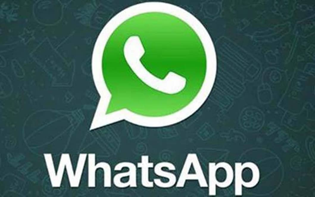 whatsapp status features