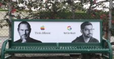 google-mocks-apple