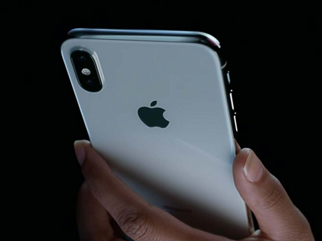 Foldable-iPhone-for-2020 (2)