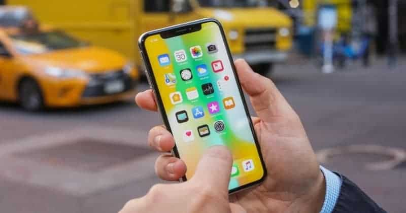Over 300 iPhone X devices Stolen from San Francisco Apple Store