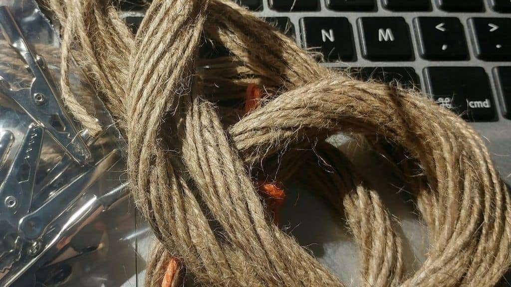 wet-string-internet