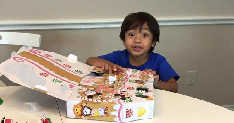 This 6 Year Old Earns $11 Million a Year For Reviewing Toys on YouTube