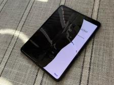 Samsung Galaxy Fold Smartphone Broken Screen